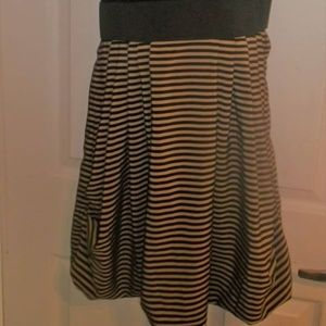 H & M Dresses - Dress Size 5
